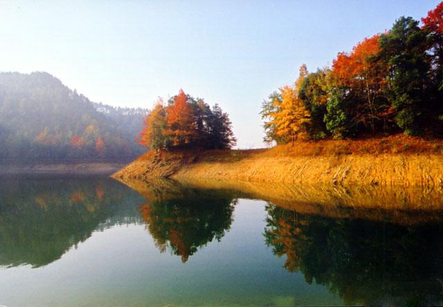 Thousand-Island Lake16